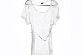 Blusa blanca con tira