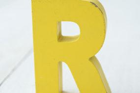 Letra R (amarilla)