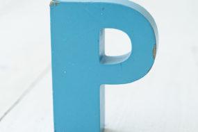 Letra P (turquesa)