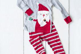 Pijama gris con rojo con papa noel cookie (niño)