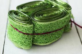 Cinta verde escarchada